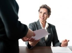 Как уволиться без отработки 14 дней? Когда работодатель не имеет право отказать в увольнении?