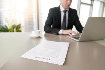 Трудовой договор и контракт