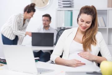 Отпуск перед декретом, сколько положено в 2019 году по трудовому кодексу? Можно ли оформить очередной отпуск беременным женщинам?